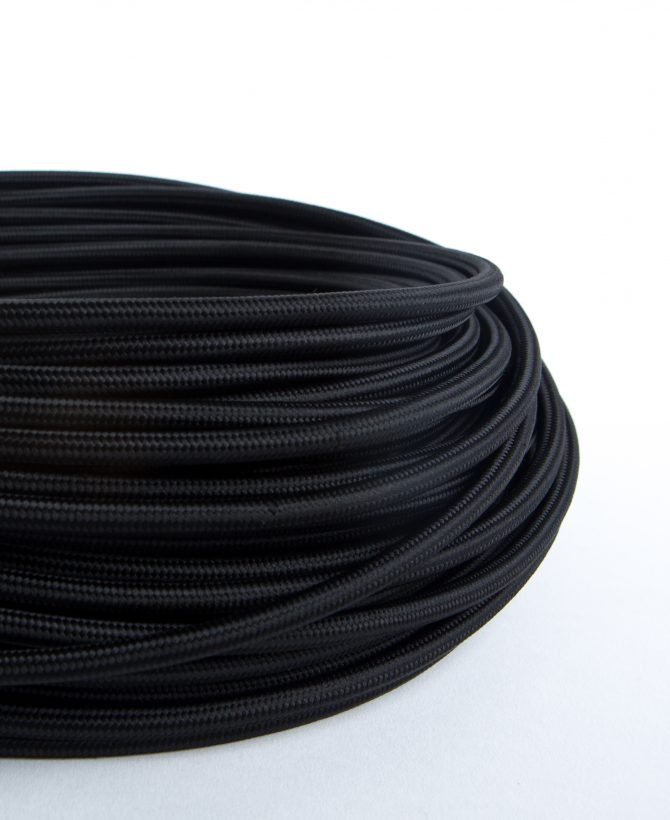 oh so black fabric cable for lighting