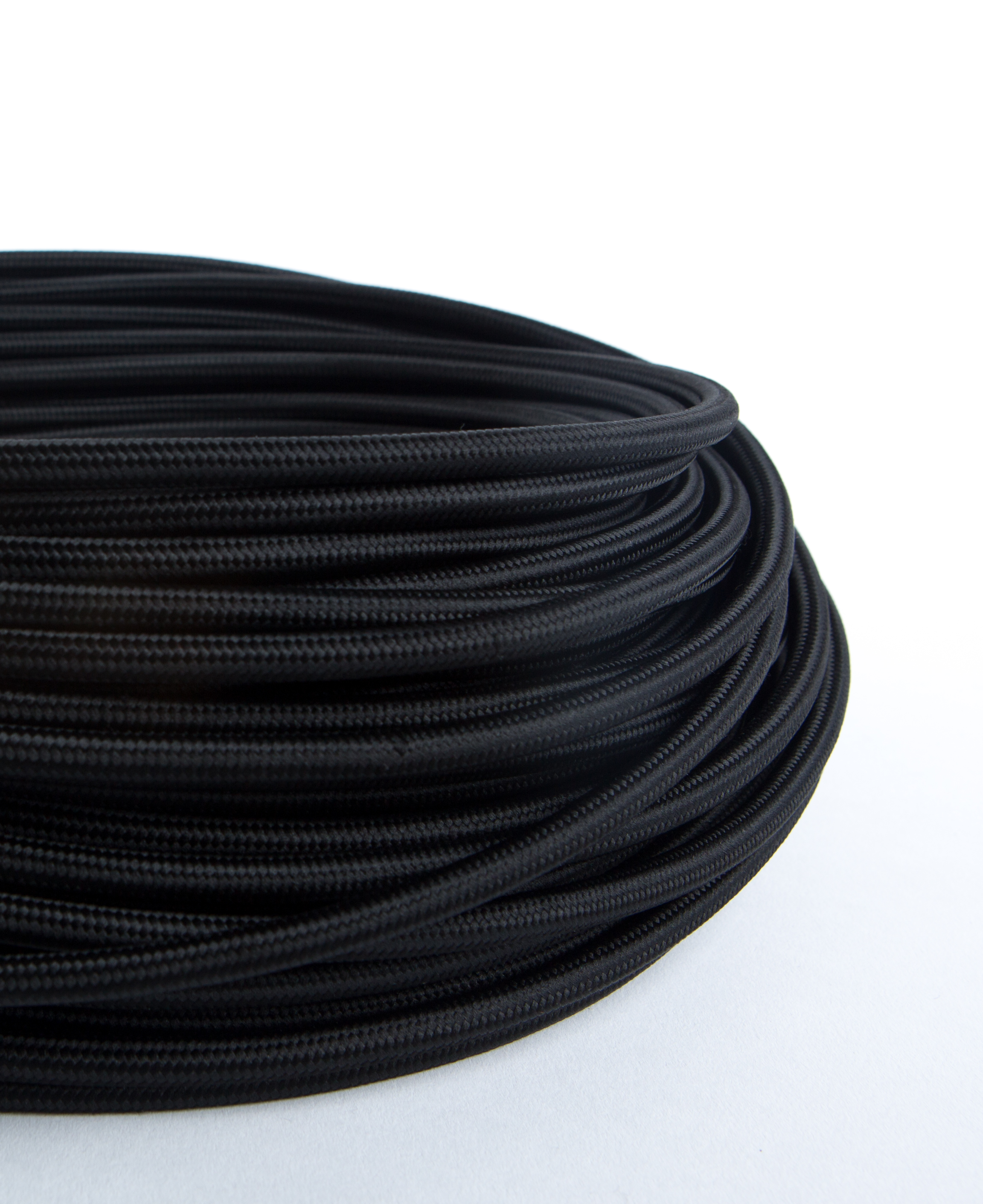Oh So Black Fabric Cable for Lighting 8 Amp 3 Core CE Certified