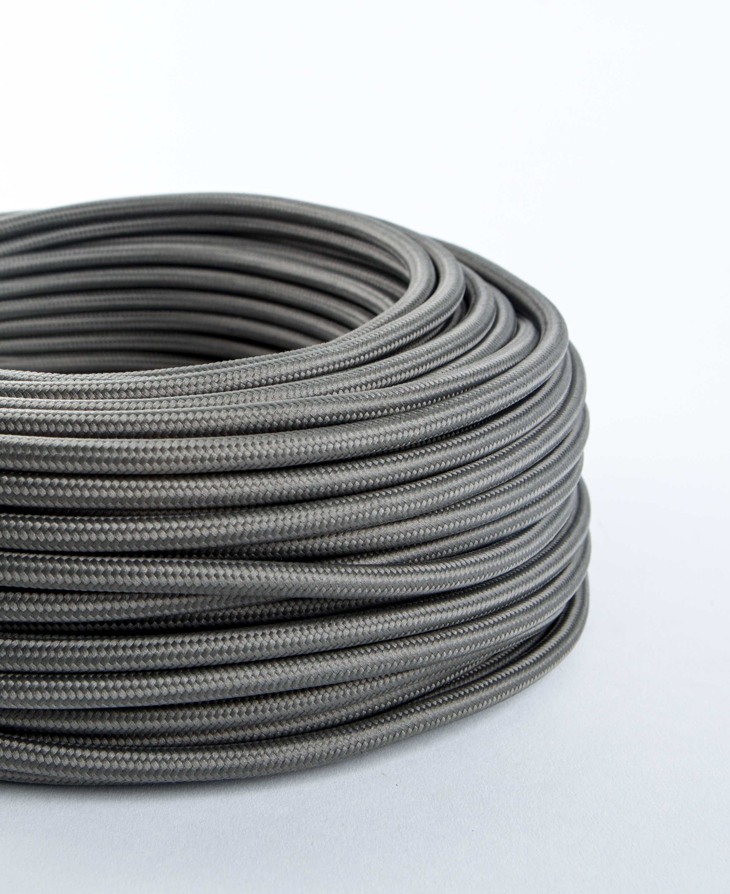 Dark Steel Grey Fabric Cable for Lighting 8 Amp 3 Core CE Certified
