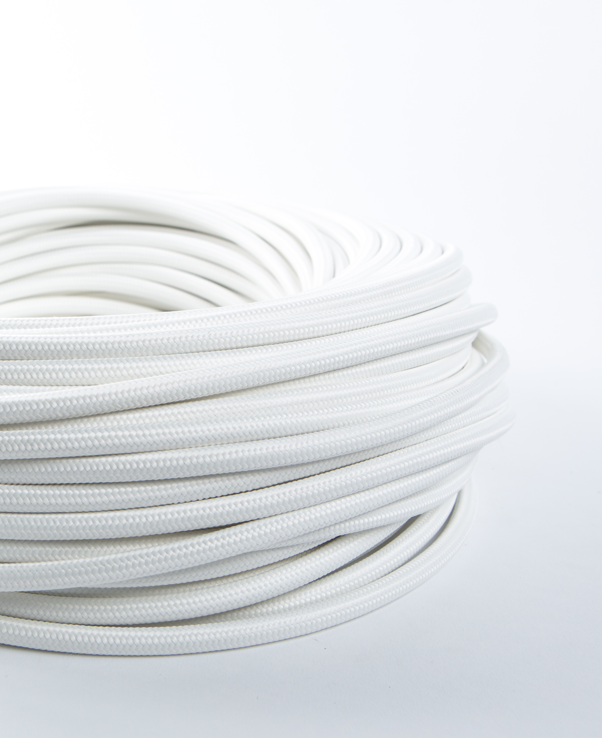 White Fabric Cable for Lighting 8 Amp 3 Core CE Certified