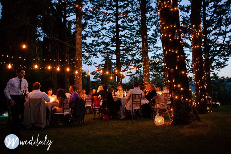 Edison Bulbs Wedding