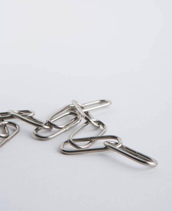 silver lighting chain