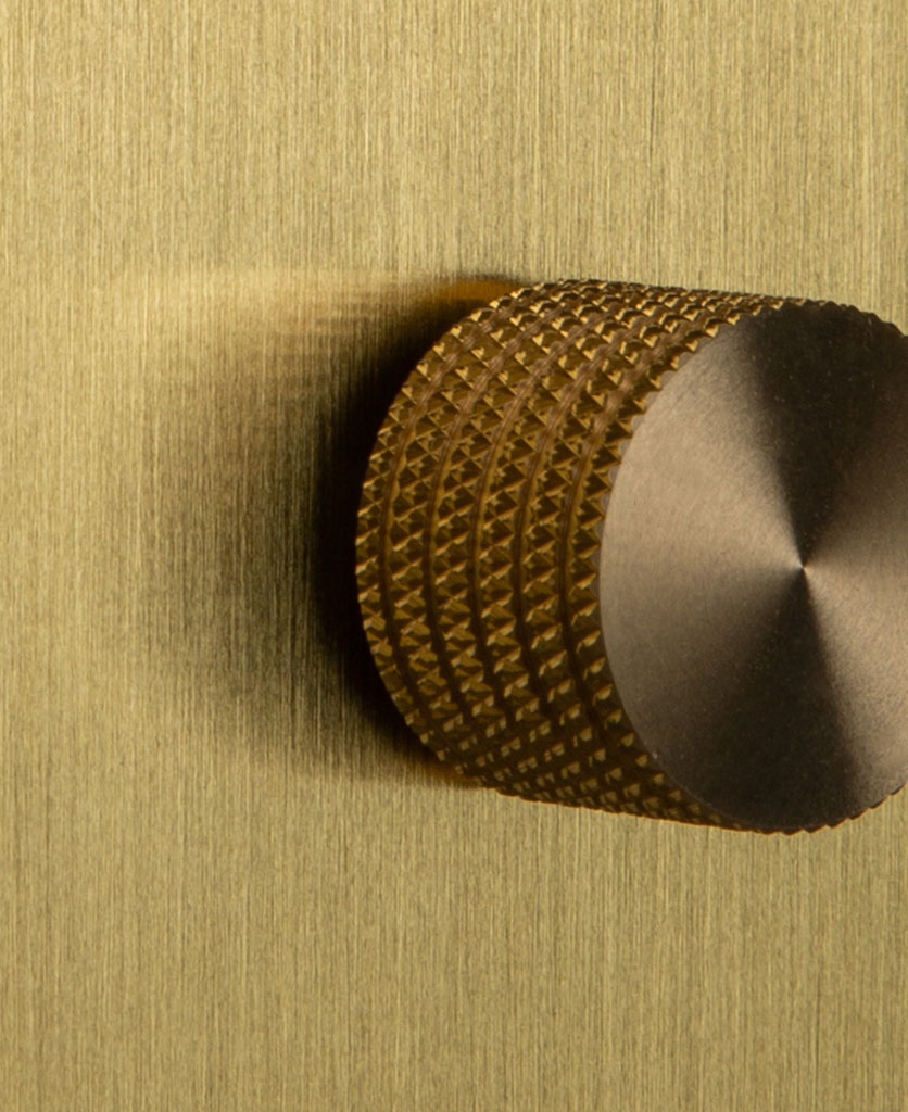 Single Gold Dimmer Switch with Knurled Gold Knob