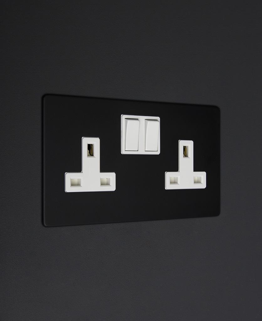 black and white double 2g plug socket