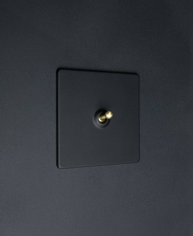 toggle light switch 1 toggle black & gold