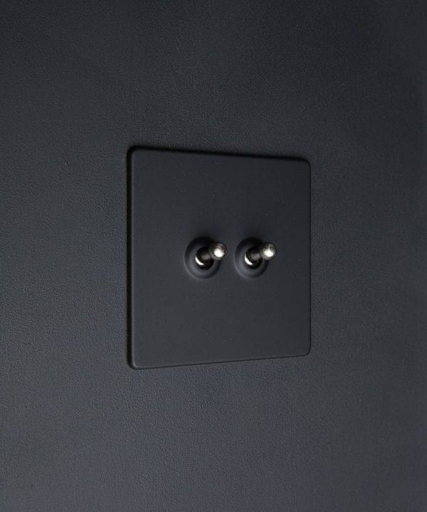 toggle light switch 2 toggle black & silver