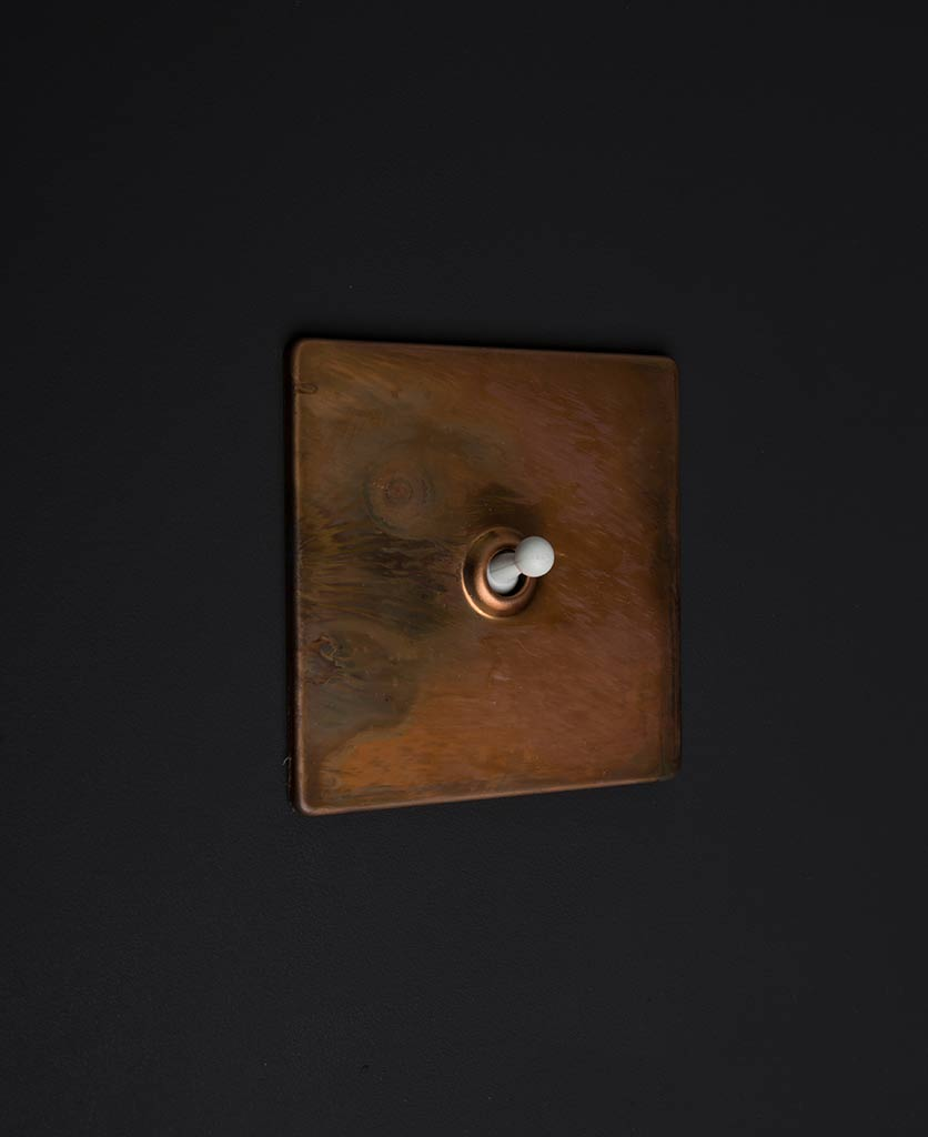 copper & white single toggle