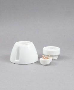 Porcelain_ceiling_light_bulb_holder (1)