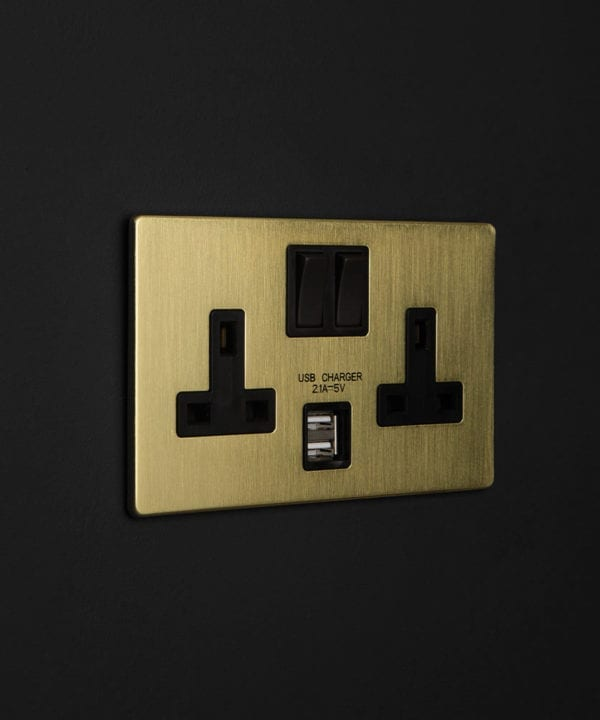 gold & black double socket usb
