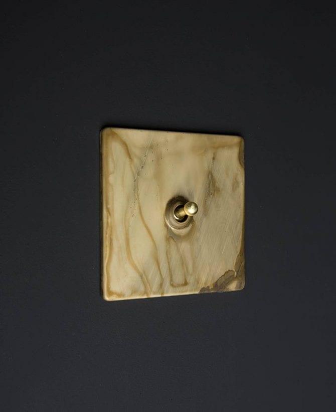 Smoked gold & gold single toggle