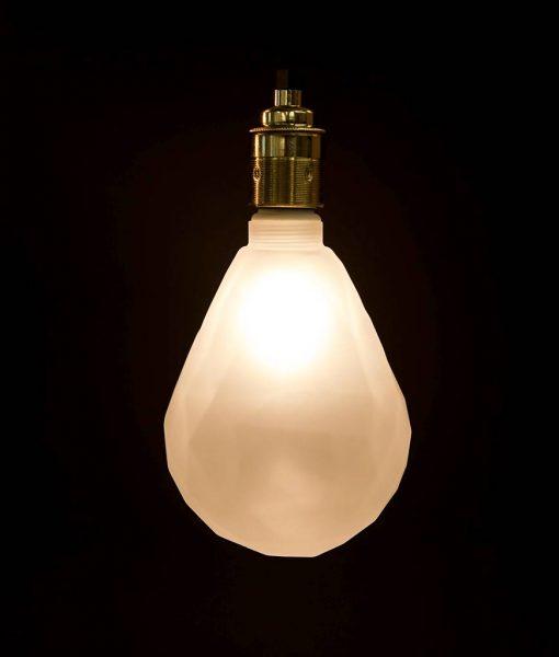 Diamond_light_bulb