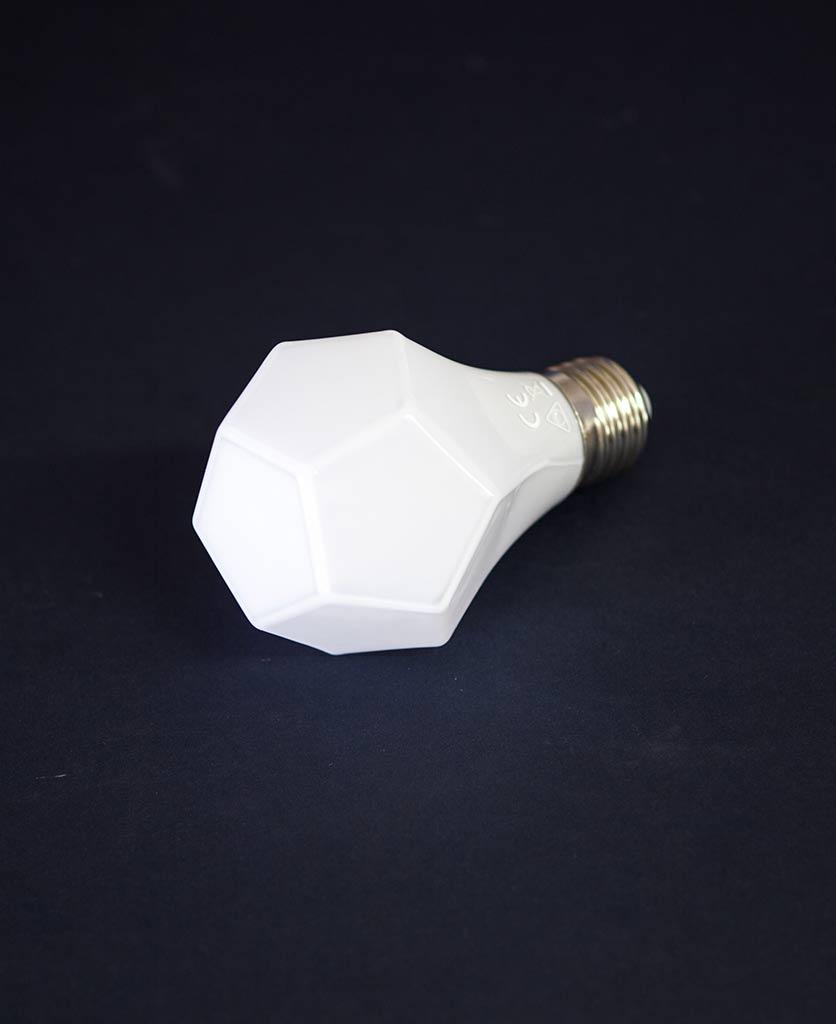 gem-light-bulb