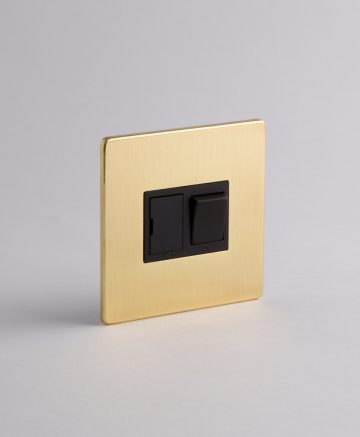 Fused Spur Switch Gold & Black