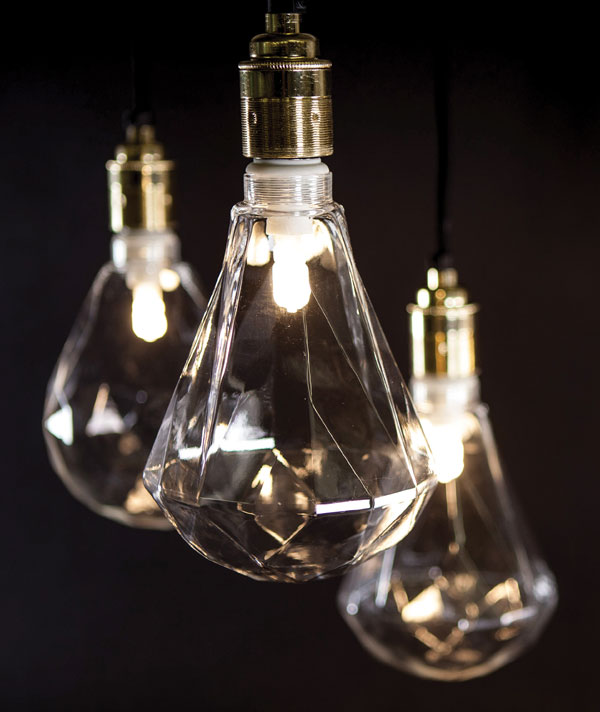 LED geometric light bulbs