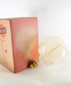 giant_vintage_light_bulb-2