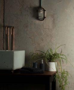 industrial_bathroom_light-10