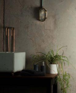 industrial_bathroom_light-3