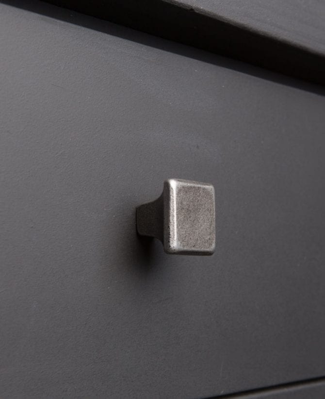 CONCEPTUAL kitchen drawer knobs square
