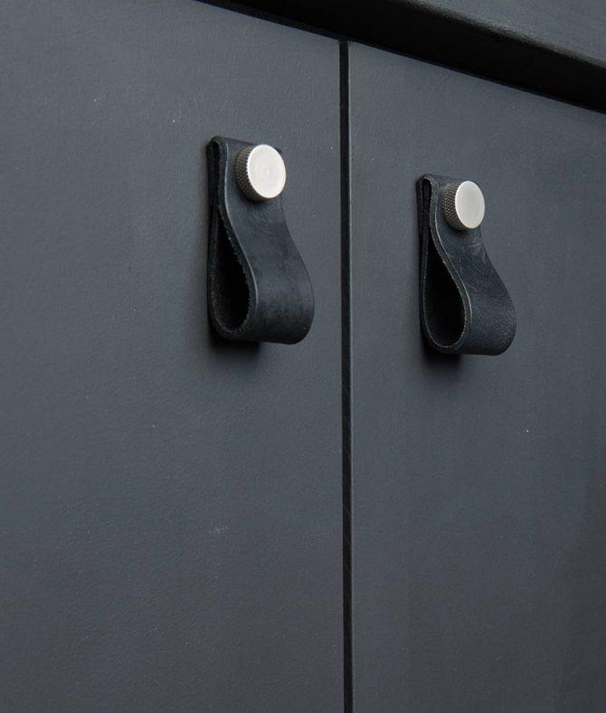 magni door handle black & silver
