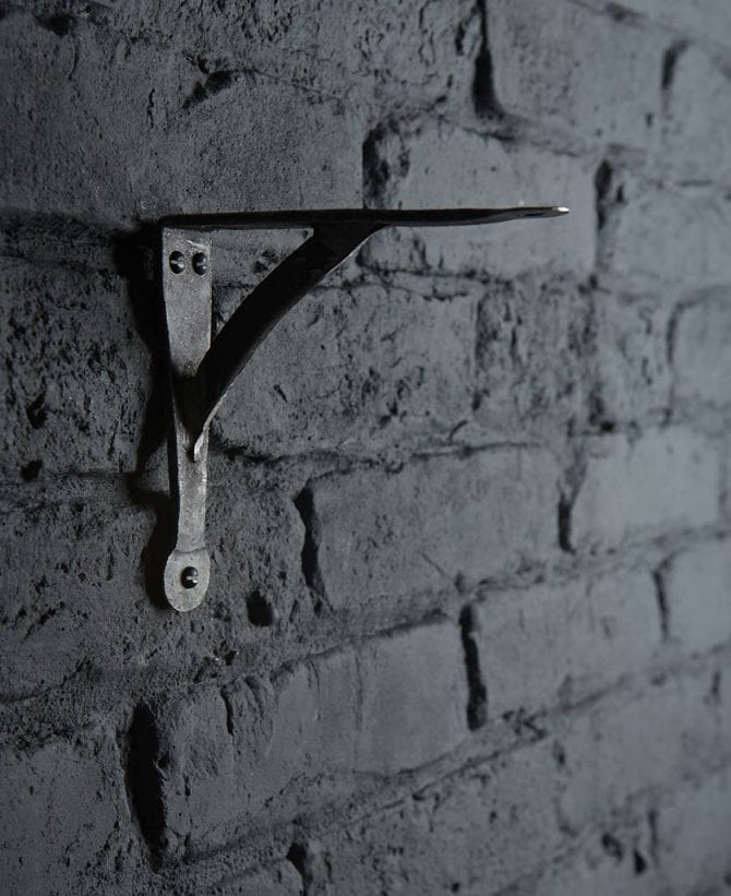 terry metal shelf bracket