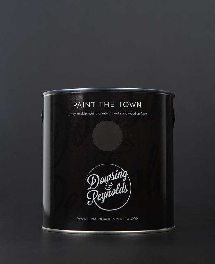mud wrestling paint tin