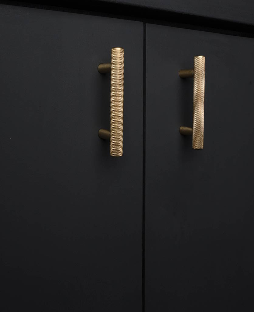 brass knurled kitchen cupboard door handle