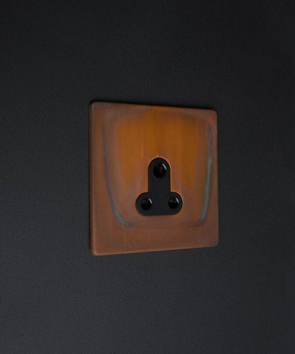 Copper & Black Round 3 Pin Socket