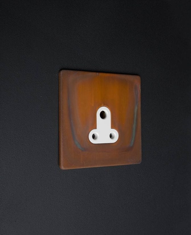 Copper & white Round 3 Pin Socket