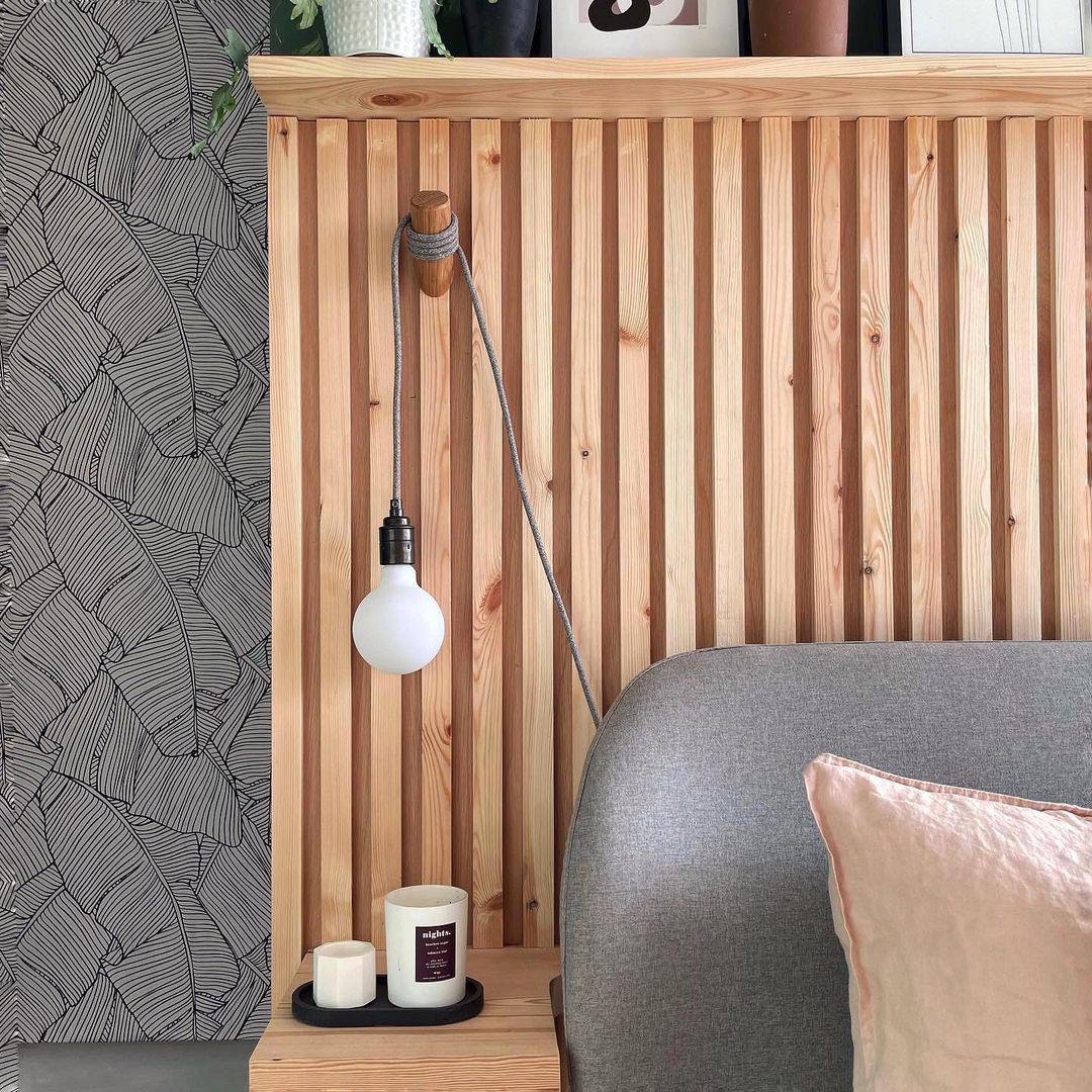 peg wall lamp
