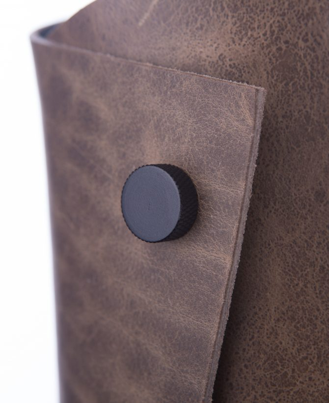 leather cuff light shade details