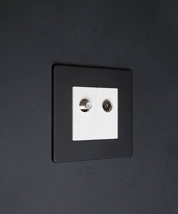 Black & white Double Data Port