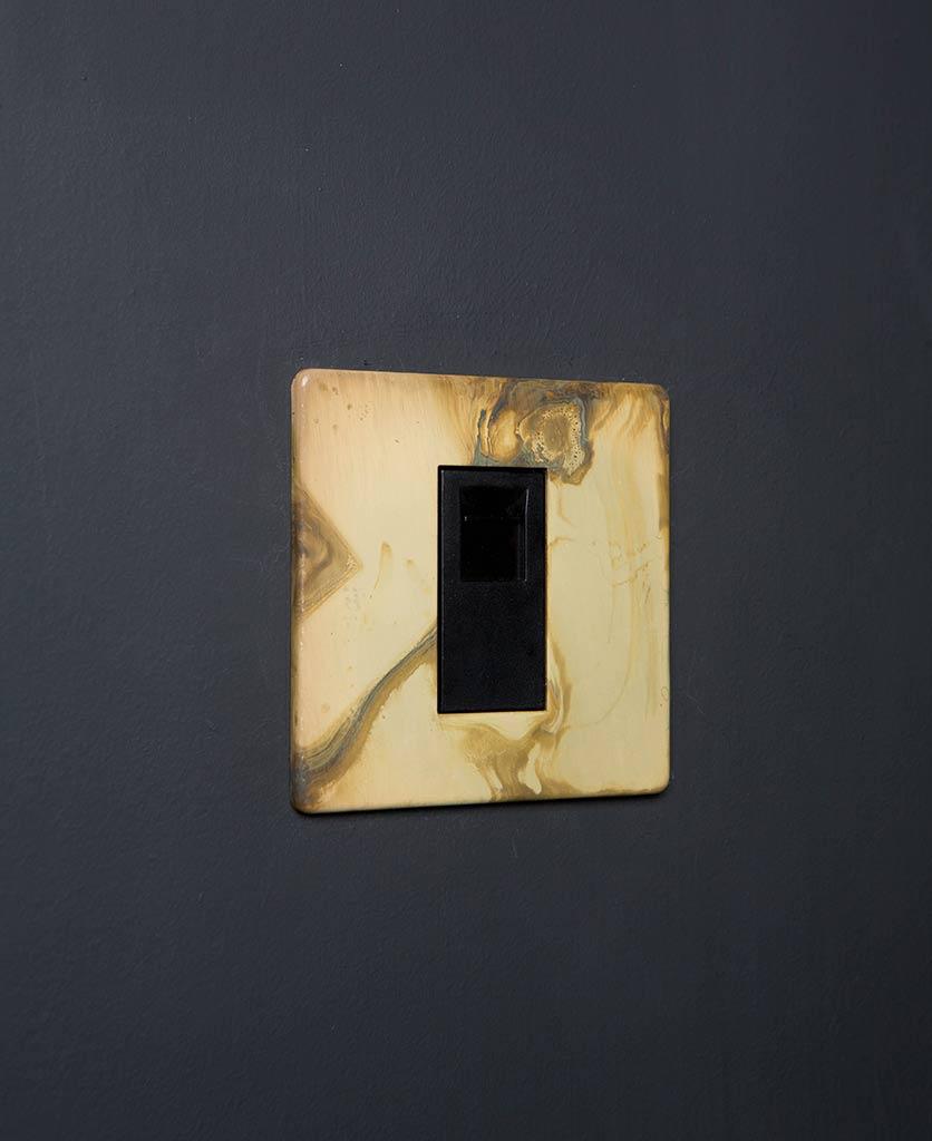 Smoked Gold & Black Single Data Port