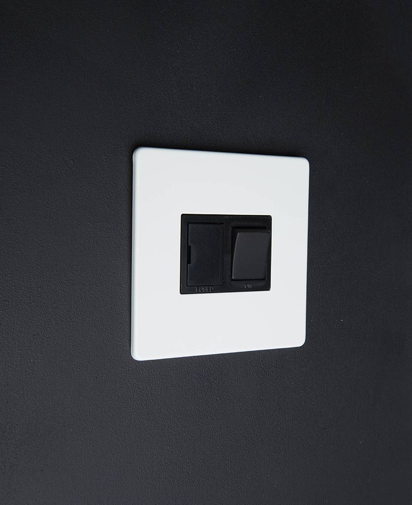 White & black Fused Spur Switch