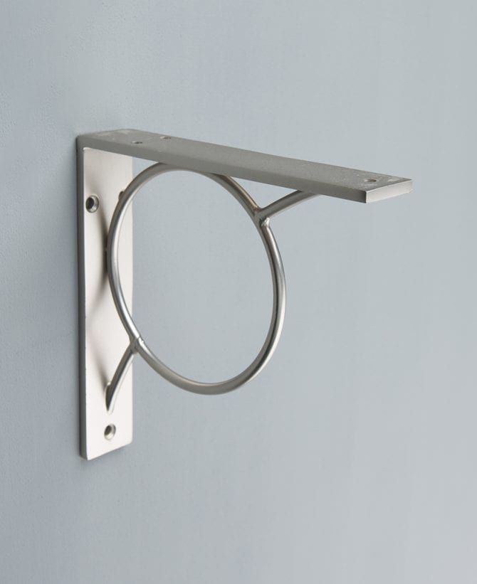 MAE metal shelf bracket