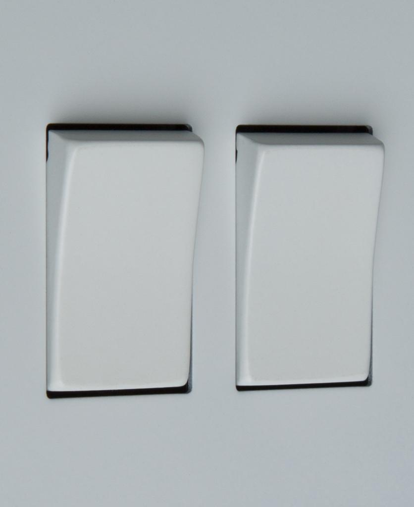 white double 2g rocker switch close up