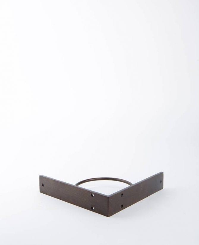 metal shelf bracket circle
