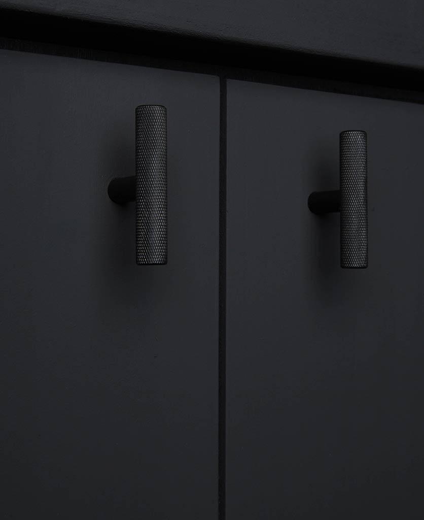 skyscraper t-bar black
