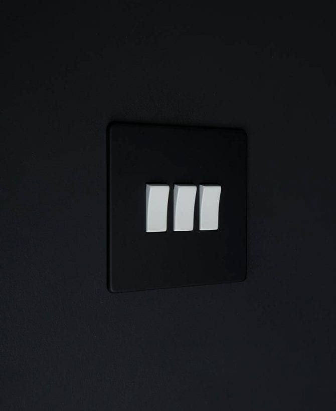triple rocker switch black & white