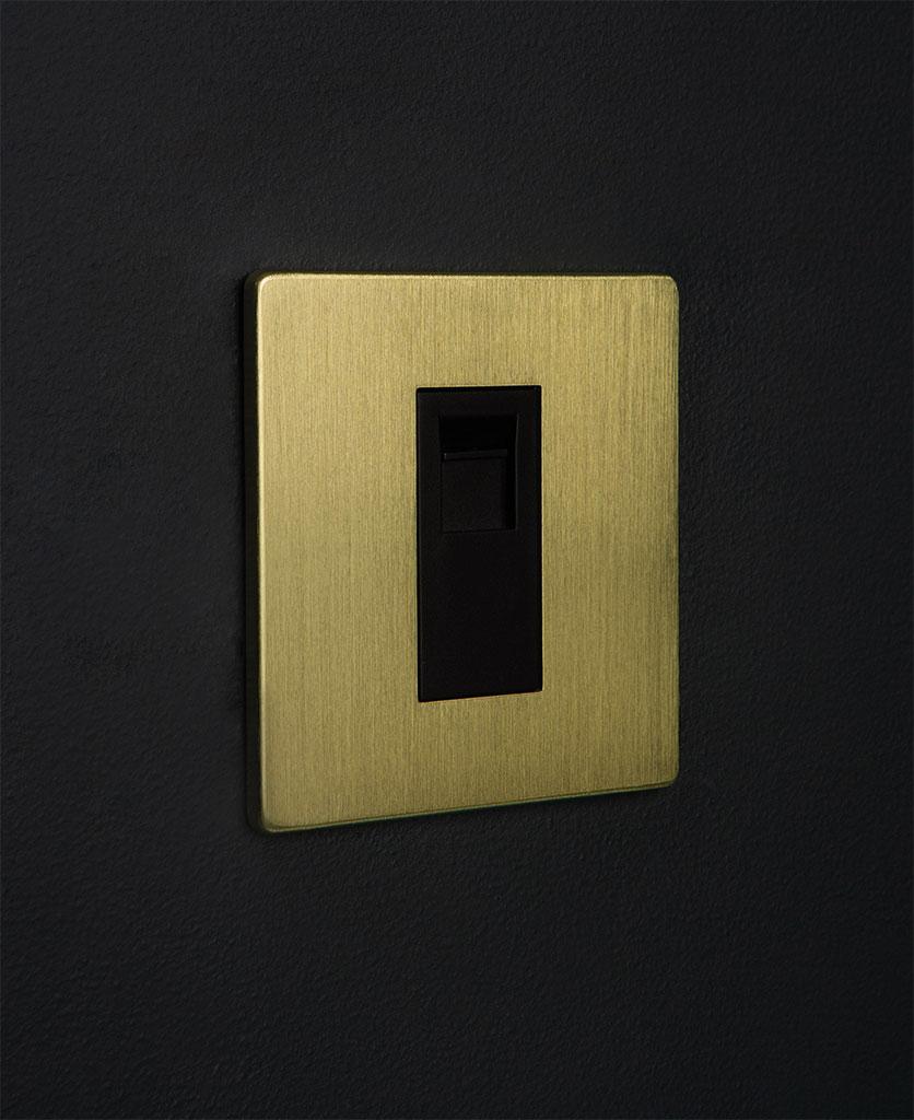 gold & black single port