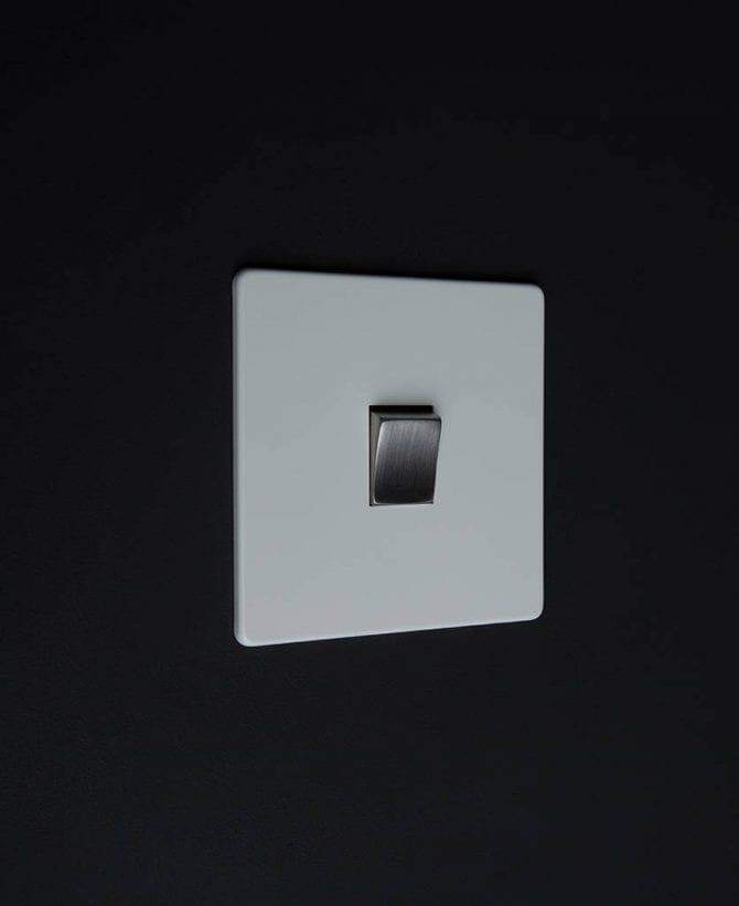 single rocker switch white & silver intermediate