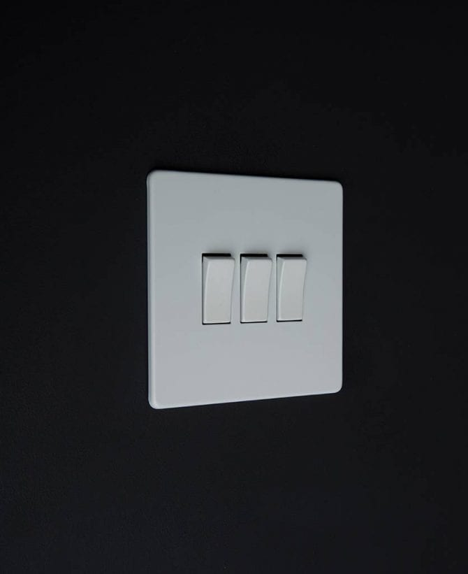 triple rocker switch white & white
