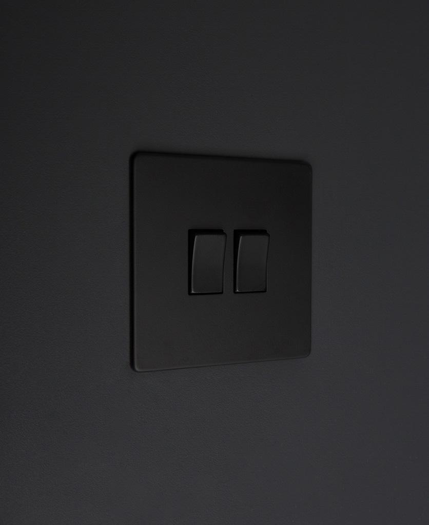 black 2g double rocker switch