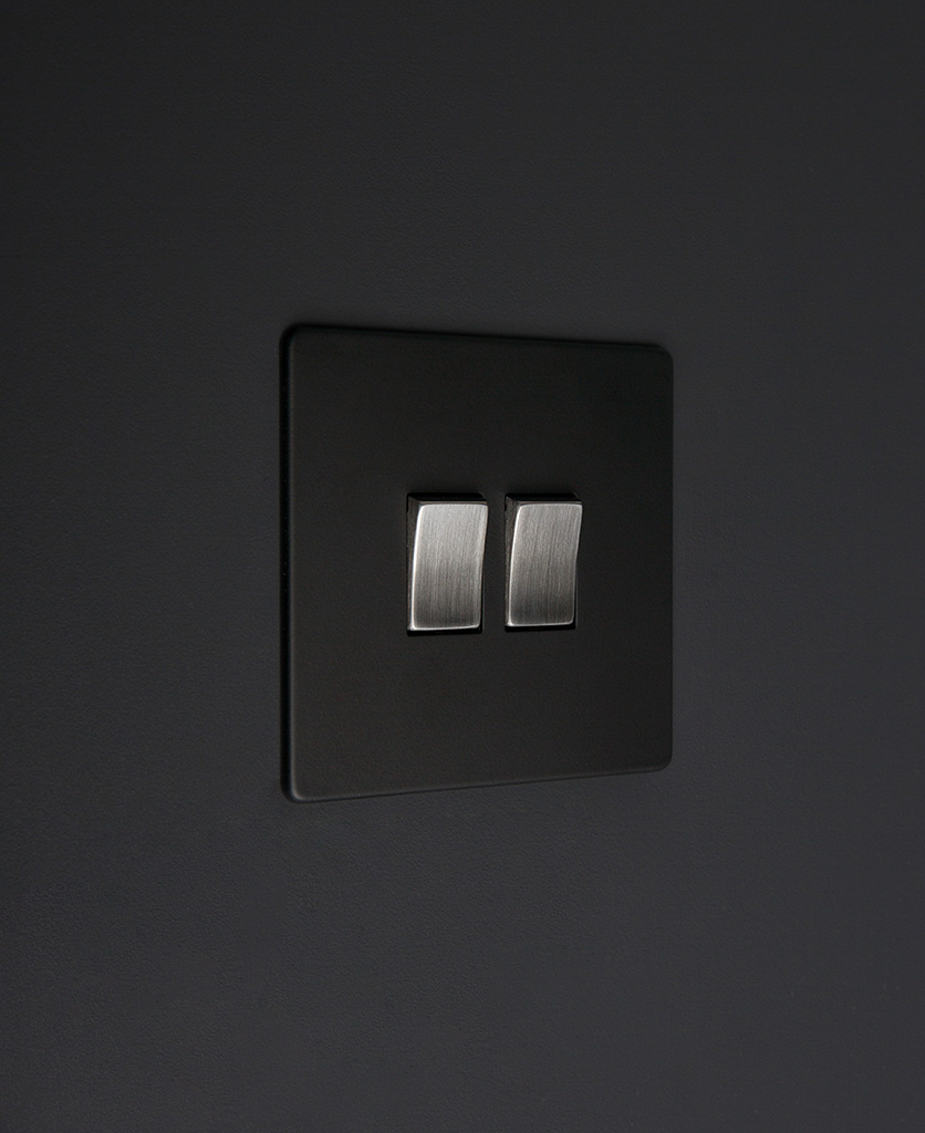 black and silver 2g double rocker switch