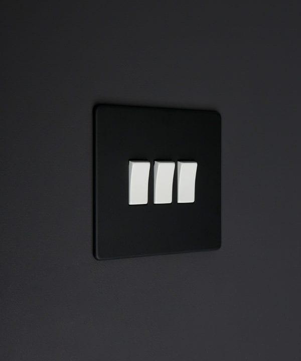 black and white 3g triple rocker