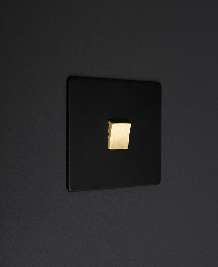 black and gold 1g intermediate rocker switch