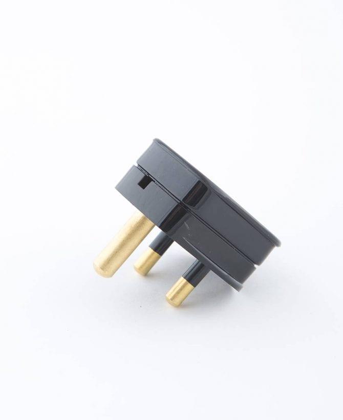 round pin plug black