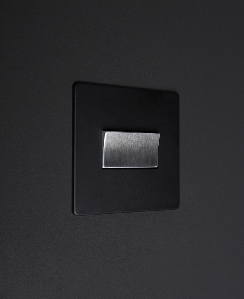 black and silver fan switch