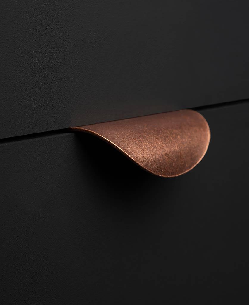 Onda hammered copper metal handle