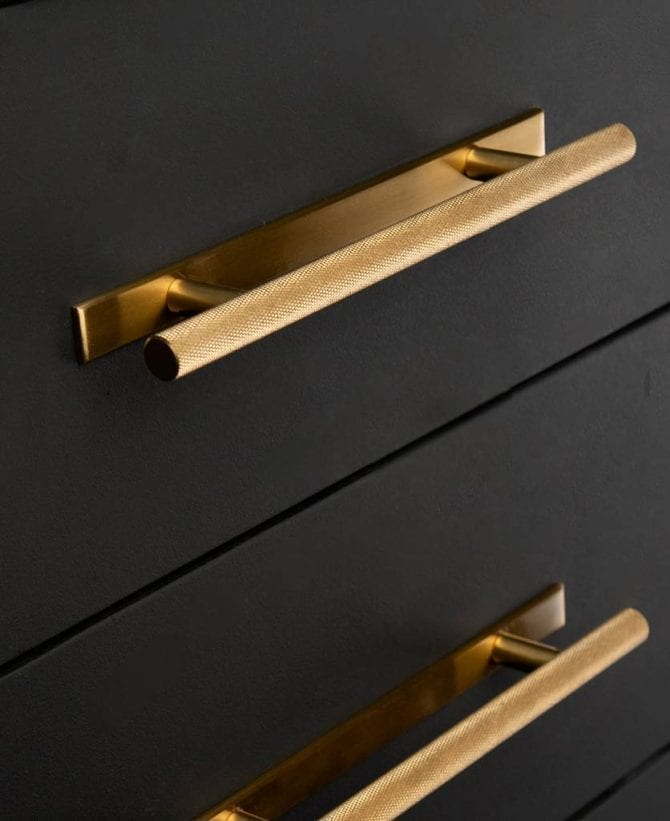 Brass skyscraper knurled handle with plate