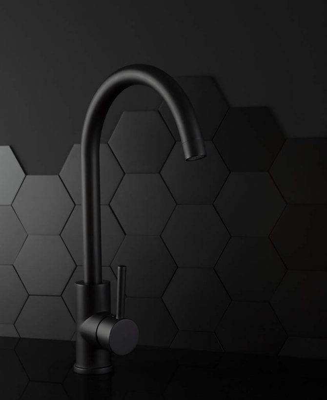 Black Tinkisso kitchen tap